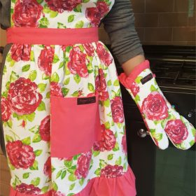 Pink Rose Frilly Apron and Fliss Frilly Oven Glove Pink Rose