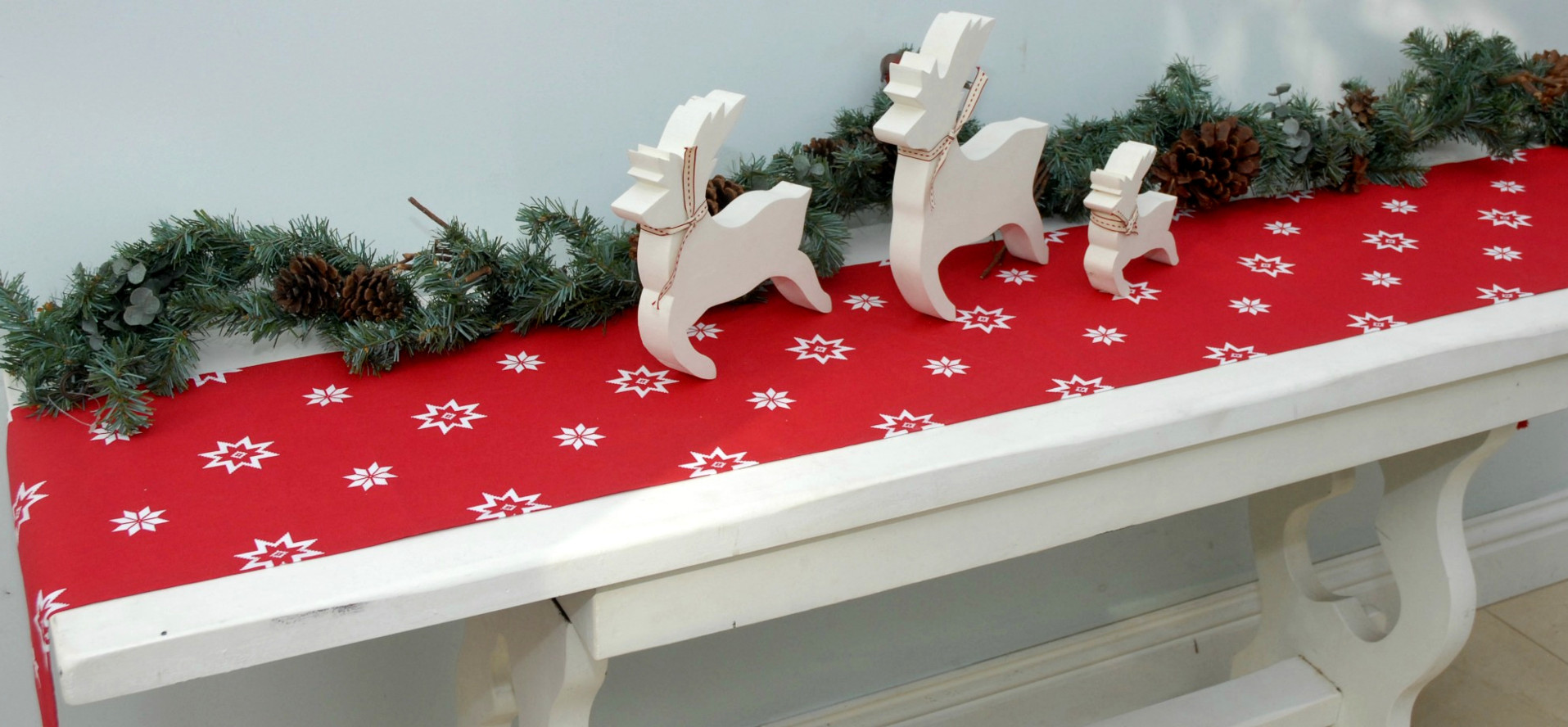 Christmas Red Table Runner Ragged Rose