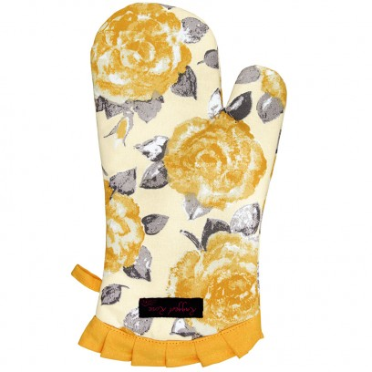 gold oven glove