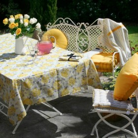 gold rose tablecloth