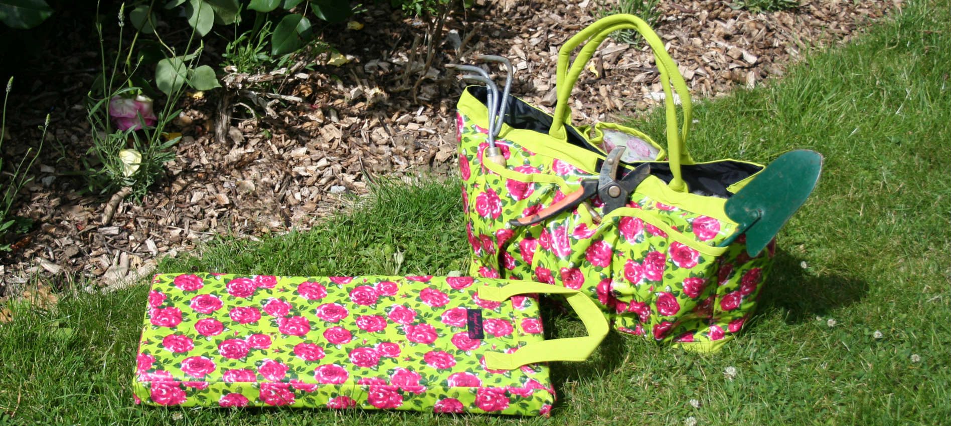 trudy garden bag and nelly garden kneeler in lime green