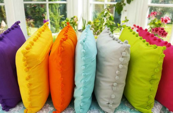bobby_colour_cushion